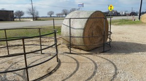 Dec. 5 : Hay Rings