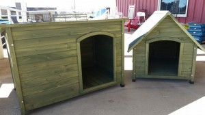 new dog houses 300x168 Nov. 28 : Featured Item of the Week : Dog Houses
