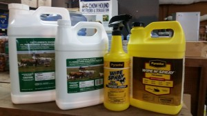 fly control spray horses and cattle1 300x168 May 30 : Featured Item of the Week : Fly Control